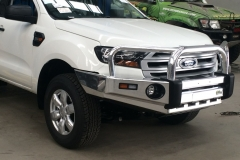 Ironman 4x4 Alloy Bull bar on Ford Everest