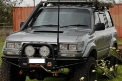 Xrox-Bar-Lightforce-lights-Rhino-Rack