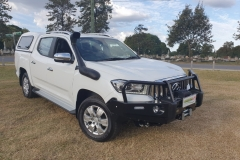 3xm-Canopy-Airtec-Snorkel-and-Ironman-4x4-Commercial-Deluxe-Bullbar-and-Winch