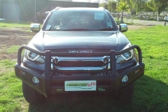 Ironman-4x4-Commercial-Deluxe-Bull-Bar-2